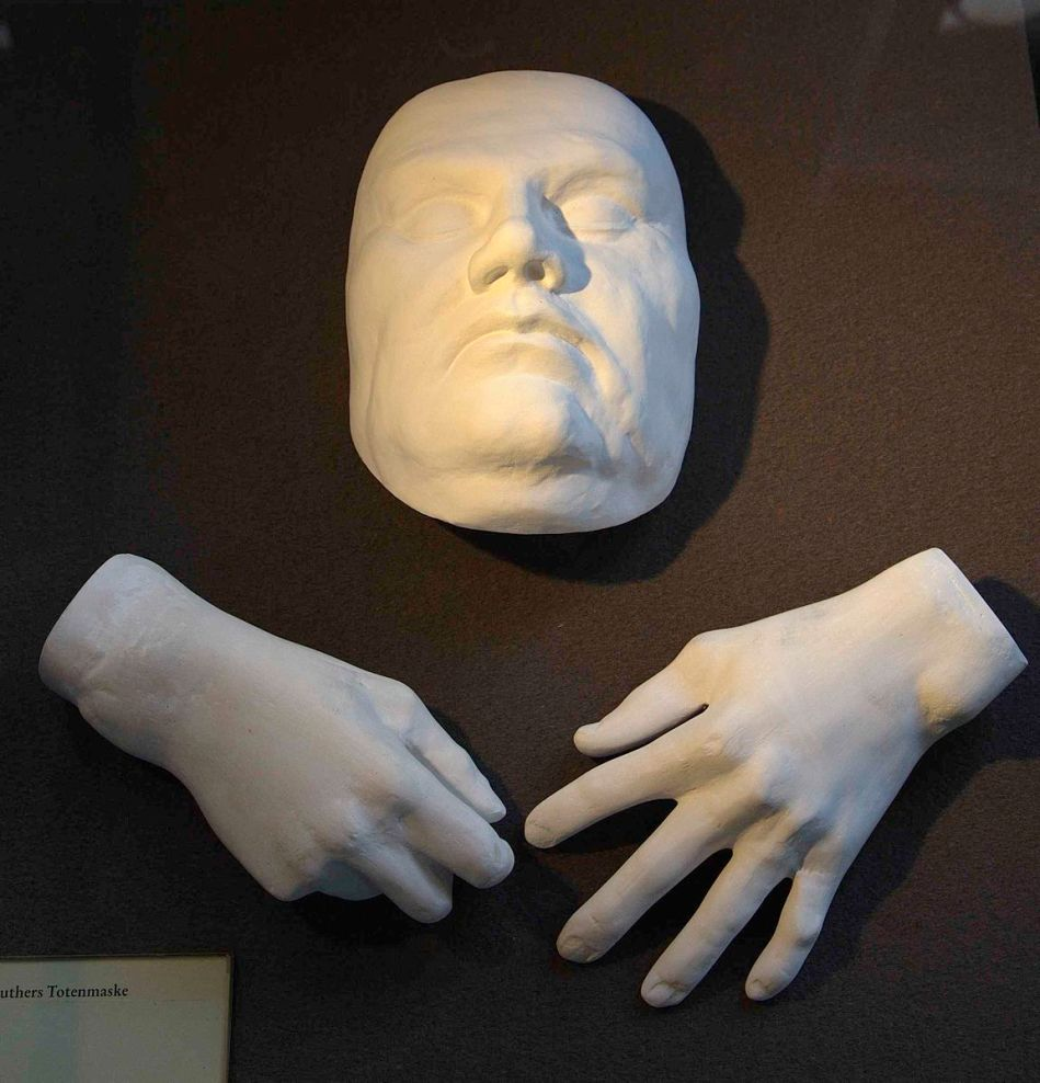 luther_death-hand_mask